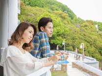 【客室】海と山を望むロケーション