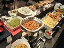 10月より朝食メニューがパワーアップ♪8種類の道産野菜コーナーも新設!