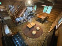 *【コテージA棟/1階】コテージB棟よりも、キッチン、ダイニングテーブルがちょっと広め♪