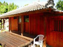 沖縄の古民家で暮らす大人のコテージ