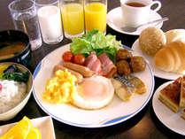 大好評の無料朝食バイキングの一例♪