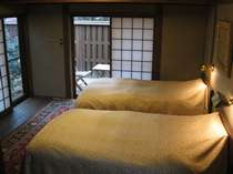 中型客室【ツイン】 花袋 / 1泊朝食付き