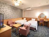 デラックスツイン:1室限定のスイートルーム セミダブルベッド幅120センチ×2台