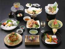 ■会席イメージ■京都で30年以上修行した料理人が、その日その日仕入れた食材の味を引き出した京会席