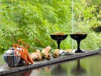 四季折々のこだわりの旬の素材、地の素材をふんだんに使用したお料理一例