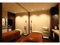 落ち着いた雰囲気の個室。ご自身へのご褒美に癒しのマッサージをご堪能下さい。
