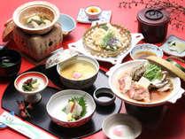 *(料理一例)季節の旬の食材を活かした和会席料理をご堪能下さい。
