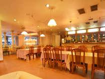【レストラン】椅子タイプのお食事処