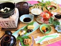 【朝食一例】   からだにやさしい和食セットメニュー