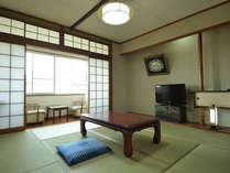 ◆2012年2月リニューアル◆山と川を臨む和室8帖