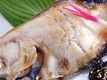【夕食1例】福井県沖でとれた『かれい』というお魚です。あっさりしているお魚です。