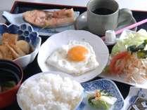 【朝食一例】田舎らしい素朴な味付けの料理をどうぞ