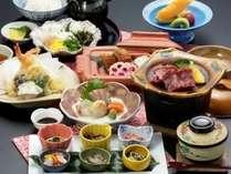 島根和牛と日本海の新鮮な食材を使ったボリュウーム満点の夕食です。