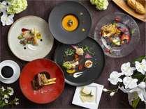 最上級ディナー「プレジール」は5種の肉から3種選べるミートセレクト、フォアグラも味わえる