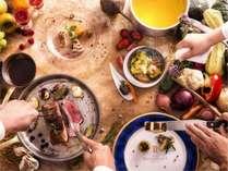 季節の素材、小樽の旬な味覚が味わえる「創作フレンチフルコース」は全5品