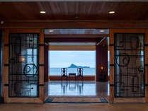 【エントランス・ロビー】ようこそ!壱岐島へ。お客様時間ですべてを演出いたします。