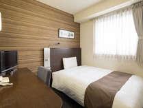 ◆1ベッドルーム◆ダブルエコノミー◆ベッド幅140センチ
