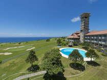 海側の外観、太平洋に向かって建てられたホテル