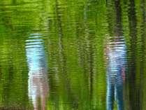 様々な風景をドラマチックに映し出してくれる軽井沢の水面は自然のキャンバス photo by zephyrus-8bankan