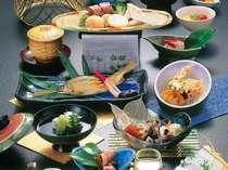 旬の食材がいっぱいの目にも涼しい月毎に替わる夏会席(イメージ)