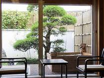 [露天風呂付き客室]あなただけのプライベート庭園