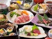 松茸と岡山和牛のすき焼き、山女の甘露煮など秋の味覚と地元の味覚がいっぱい詰まってます!