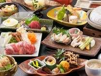 岡山和牛、あわび、松茸‥などなど、たくさんの食材が楽しめるお料理です。