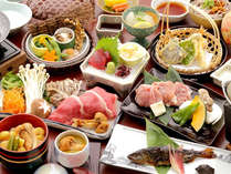 森林鶏の陶板焼き、岡山和牛と松茸のすき焼きなど 『味覚会席』