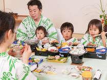 お部屋食なら、周りのお客様を気にすることなく、ゆっくりと食べられます♪お子様連れでも安心☆