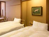【離れの館・わんこ家竹亭】わんちゃんとお泊り頂ける ベッドとお布団のお部屋
