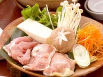 【岡山森林鶏のピリ辛みそ鍋】プリップリの森林鶏をアツアツお鍋でどうぞ!