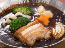 備前みそのシチュー仕立<ピーチポーク・地元根菜>蒸・焼・煮、手間をかけたお肉はトロっとほどける♪