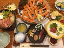 ~竹亭大謝恩企画★ズワイ蟹足食べ放題コース~60分間限定で冬の味覚、ズワイ蟹をご堪能頂けますよ♪