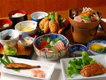 *【夕食一例】四季折々の素材を使用したお料理はどれも絶品!ぜひご賞味下さい。