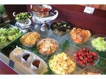 【西館1階 レストランCARNIVAL】朝食バイキング一例
