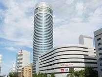地上約150mの高層ホテルです