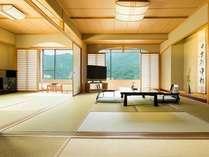 全室74平米以上、鬼怒川沿いのお部屋。畳からは井草の香りが漂います。
