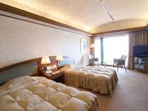 *【和洋室】広々64平米の和洋室は、もちろんオーシャンビュー♪最上階から太平洋の絶景をご覧いただけます★