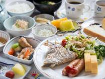 *【朝食(一例)】朝食はバイキングもしくは朝定食をご用意いたします