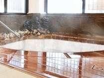 隣接姉妹館「香音」の貸切風呂です。特定のプランにてご予約頂くことで、ご利用頂けます。
