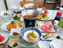 限定シュプール鍋のお夕食。※夕食の一例、季節や仕入れにより異なります。