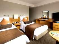 禁煙確約!ツイン【室料のみ】 レギュラーフロア(7-18階)ベーシックなお部屋でホテルステイを楽しむ