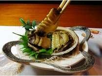 【1番人気】アワビのお刺身・絶品「赤うに」・アワビのバター焼き・黒毛和牛のステーキ、海の幸贅沢プラン
