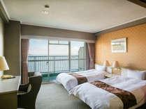三河湾を一望する客室でのんびりリゾートライフを・・・。