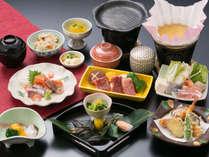 かえで会席(一例)いつものご飯とは違う贅沢な会席をお愉しみください。
