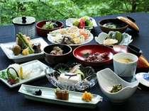 安来・清水寺境内の宿、松琴館ご主人自慢の『精進料理』