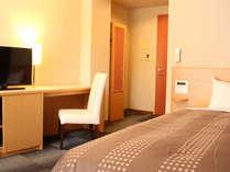 ベッド110×195cmのシングルベッドです☆2名利用は添い寝でお安くご利用いただけます♪