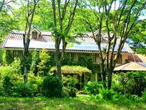 【外観】石窯ピザ屋さんが営んでいる宿 フラワーガーデンへようこそ!!