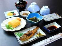 暖かな朝食で元気な朝をサポート!