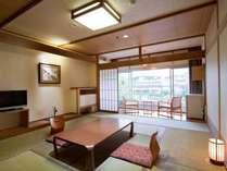 【西館】和室のお部屋でゆっくり過ごせる(10畳~12畳)
